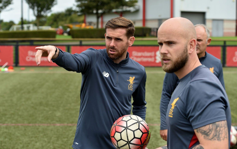 Steven Gillespie coaching at LFC Academy