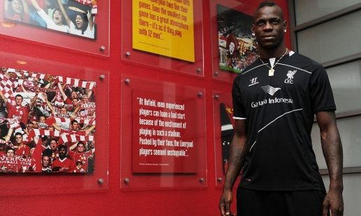 Video: Mario's first day at LFC