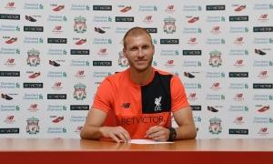 Ragnar Klavan resmi jadi pemain Liverpool