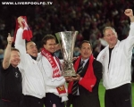 UEFA Cup, 2001, Final, Winners, Gérard Houllier, Sammy Lee, Phil Thompson, Trophy