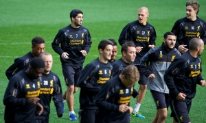 Suarez returns to training with Reds at AAMI Park in Melbourne