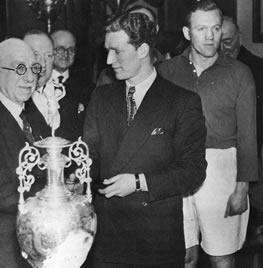 Эвертон чемпион англии 1946 47