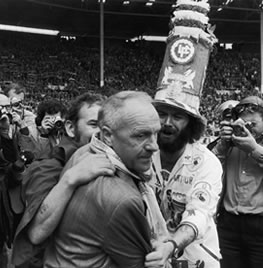 Sensation as Shankly resigns